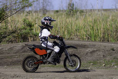 Piloto do motocross de Yound Foto de Stock