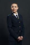 Piloto hermoso de la línea aérea de la mujer Imagen de archivo