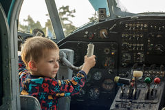 Piloto joven Fotos de archivo libres de regalías