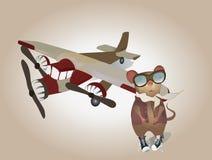 Piloto Mouse de la historieta en uniforme con el avión Fotografía de archivo libre de regalías