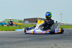 Pilotos desconhecidos que competem no campeonato nacional 2015 de Karting Fotografia de Stock
