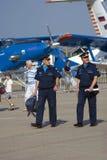 Pilotos no salão de beleza aeroespacial internacional de MAKS Fotografia de Stock Royalty Free