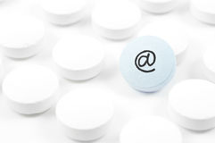 Pilpills with email sign Royalty Free Stock Photography