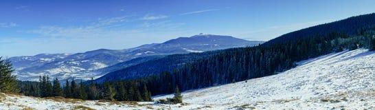 Pilsko - eine Ansicht des Babia Gora Lizenzfreies Stockbild