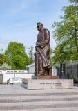 Pilsudski雕象在华沙,波兰 免版税图库摄影
