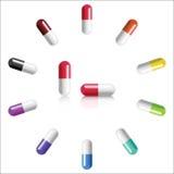 Pilules colorées par vecteur réaliste Photos stock