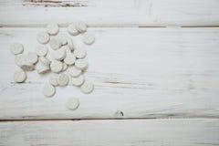 Pilules de vitamines pour des animaux familiers Image stock