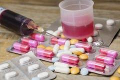 Pilules et médecines à la santé Photos libres de droits