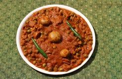 Pilz und Pea Curry Stockbilder