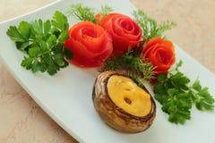 Pilz zugebereitet mit Käse Stockfotos