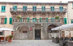 Pima家庭(17 c宫殿  ) 在科托尔,黑山 库存照片