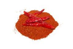 Pimenta de pimentão seca vermelha no fundo branco fotos de stock