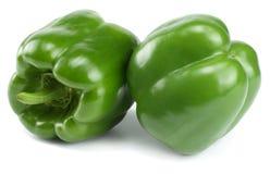 Pimenta de sino doce verde isolada no fundo branco imagem de stock