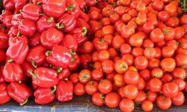 Pimenta vermelha e tomate Foto de Stock