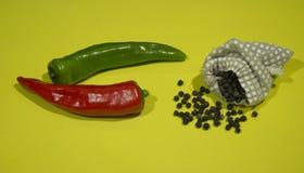Pimenta vermelha e verde fotografia de stock