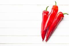 Pimenta vermelha na mesa de cozinha Fotografia de Stock