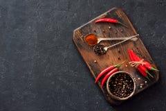 Pimentas de pimentão e pimentas secas classificadas Imagem de Stock