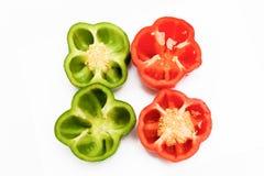 Pimentas doces coloridas brilhantes isoladas no branco Fotos de Stock Royalty Free