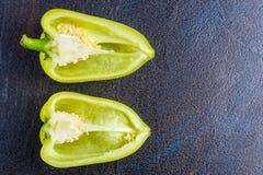 Pimentas doces coloridas brilhantes isoladas no branco Imagens de Stock Royalty Free