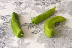 Pimentas verdes brilhantes Fotos de Stock Royalty Free