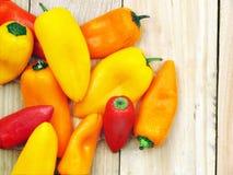 Pimentas vermelhas, amarelas, alaranjadas doces Fotos de Stock Royalty Free