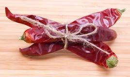 Pimentas vermelhas coloridas Fotos de Stock Royalty Free