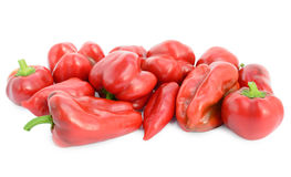 Pimentas vermelhas doces isoladas no fundo branco Foto de Stock Royalty Free