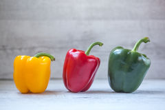Pimentas, vermelho, amarelo, laranja, verde Fotos de Stock Royalty Free