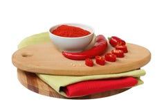 Pimienta de chiles rojos en el fondo blanco Imagen de archivo libre de regalías
