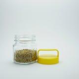 Pimienta en botella con el casquillo amarillo (#2) fotografía de archivo
