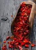 Pimienta roja secada y machacado Foto de archivo libre de regalías