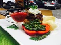 Pimientas del queso de la carne del restaurante de la comida Foto de archivo libre de regalías