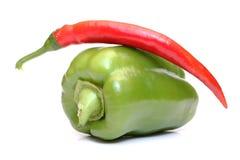 Pimientas verdes y rojas fotografía de archivo libre de regalías