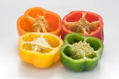 Pimiento o pimienta dulce en el fondo blanco Fotografía de archivo libre de regalías