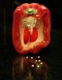 Pimiento rojo con gotas del agua Foto de archivo libre de regalías