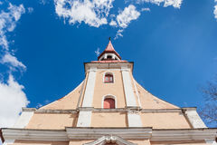 Pináculo da igreja de Parnu Fotografia de Stock Royalty Free