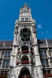 Pináculo principal da câmara municipal de Munich, Baviera Foto de Stock Royalty Free