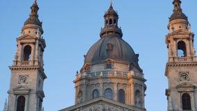 Pináculos da igreja de Sephen de Saint video estoque