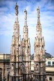 Pináculos de Milão dos di do domo Fotografia de Stock