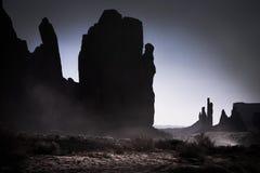 Pináculos no vale do monumento Fotos de Stock