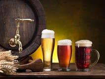 Pin пива и стекла пива Стоковая Фотография