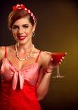Pin acima do cocktail do Bloody Mary da bebida da menina Estilo Pin-acima fêmea retro Imagem de Stock