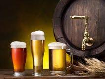 Pin de la cerveza y del vidrio de cerveza Fotografía de archivo