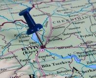 Pin en mapa Foto de archivo libre de regalías