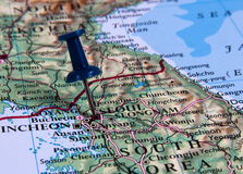 Pin en mapa Imagenes de archivo