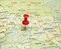 Pin im wienna Kapital auf Karte Stockfoto