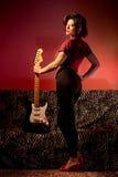 Pin Up con la guitarra Foto de archivo libre de regalías