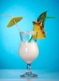 Pina Colada - Cocktail mit Sahne Stockbilder