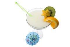 Pina Colada Cocotail en un fondo blanco Fotos de archivo