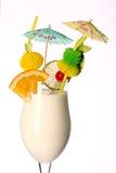 Pina-colada frisches Coctail lokalisiert auf Weiß Lizenzfreie Stockfotografie